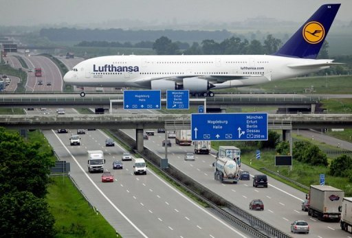 <p>Cabin staff at German airline Lufthansa will hold a fresh strike which is expected to have a bigger impact than recent walkouts, their union said.</p>