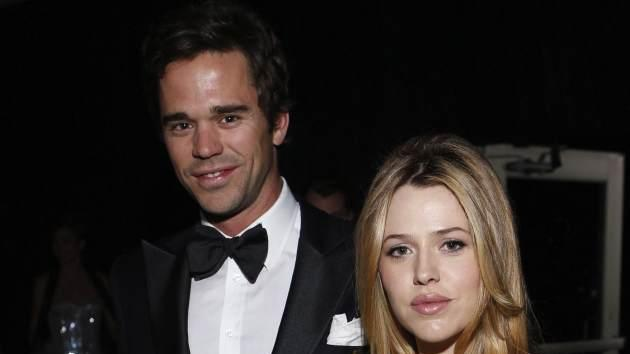 David Walton and Majandra Delfino -- Getty Images