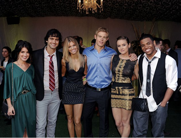 &quot;90210's&quot; Shenae Grimes, Michael Steger, AnnaLynne McCord, Trevor Donovan, Jessica Stroup, and Tristan Wilds at the TCA Summer 2010 CBS/The CW/Showtime &quot;Star Party in the Tent&quot; on July 28, 2010 in Bev