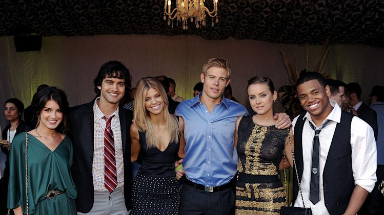 """90210's"" Shenae Grimes, Michael Steger, AnnaLynne McCord, Trevor Donovan, Jessica Stroup, and Tristan Wilds at the TCA Summer 2010 CBS/The CW/Showtime ""Star Party in the Tent"" on July 28, 2010 in Beverly Hills, California."