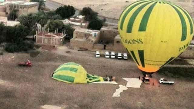 Hot air balloon explosion leaves over a dozen dead