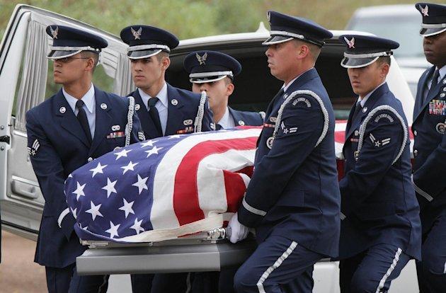 CORRECTS DATE - Air Force servicemen carry the casket of actor Sherman Hemsley who was buried at the Fort Bliss National Cemetery with military honors, Wednesday, Nov. 21, 2012 in Fort Bliss, Texas. Friends and family remembered Hemsley at his funeral service in Texas by showing video clips of his best known role as George Jefferson on the TV sitcom &quot;The Jeffersons.&quot; He died in July but a fight over his estate has delayed his burial. (AP Photo/The El Paso Times, Mark Lambie) EL DIARIO OUT; JUAREZ MEXICO OUT AND EL DIARIO DE EL PASO OUT