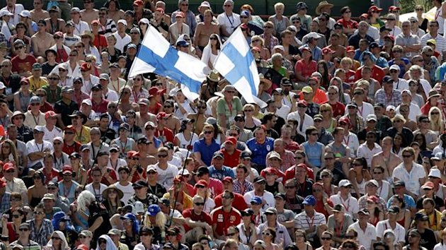 Spectators watch the qualifying session for the Hungarian Formula One Grand Prix at the Hungaroring circuit near Budapest July 28, 2012 (Reuters)