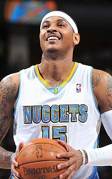 'Melo considers staying with Nuggets