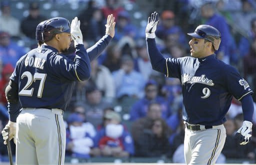 Brewers beat Cubs 2-1 on 2-run homer by Kottaras