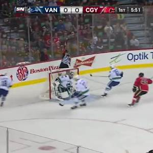 Vancouver Canucks at Calgary Flames - 09/25/2014