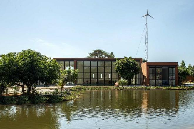 It's Not Easy Being Green : This Off-Grid Home in Senegal Was Built from the Soil It Sits On