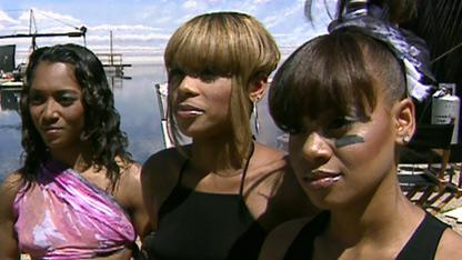 Should TLC Tour with Hologram 'Left Eye' Lopes?