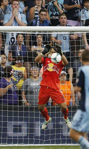 Red Bulls beat FC Dallas 1-0 for 4th straight win
