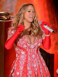 Mariah Carey&#39;s Christmas favourite tops first US Holiday Songs chart of 2012