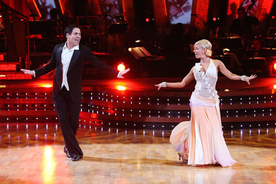 Mark Cuban and Kym Johnson perform a dance on the finale of the fifth season of Dancing with the Stars.