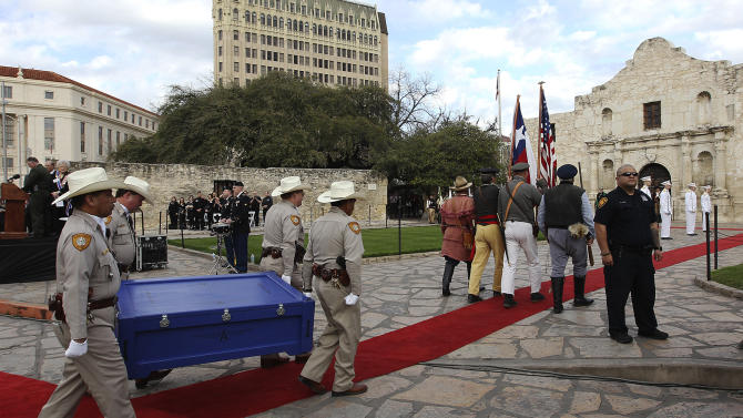 "A crate holding the letter written by Alamo commander Lt. Colonel William Barret Travis is carried toward the Alamo during a ceremony to mark its return on Friday, Feb. 22. 2013 in San Antonio. The famous ""victory or death"" letter written by Travis that had been kept in Austin until now will be put on display at the Alamo for 13 days starting on Saturday to commemorate the 177th anniversary of the battle at the Alamo. (AP Photo/San Antonio Express-News, Kin Man Hui) RUMBO DE SAN ANTONIO OUT; MAGS OUT; NO SALES; MANDATORY CREDIT"
