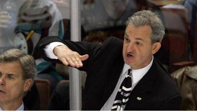 NHL - Kings give new deals to Sutter and key staff