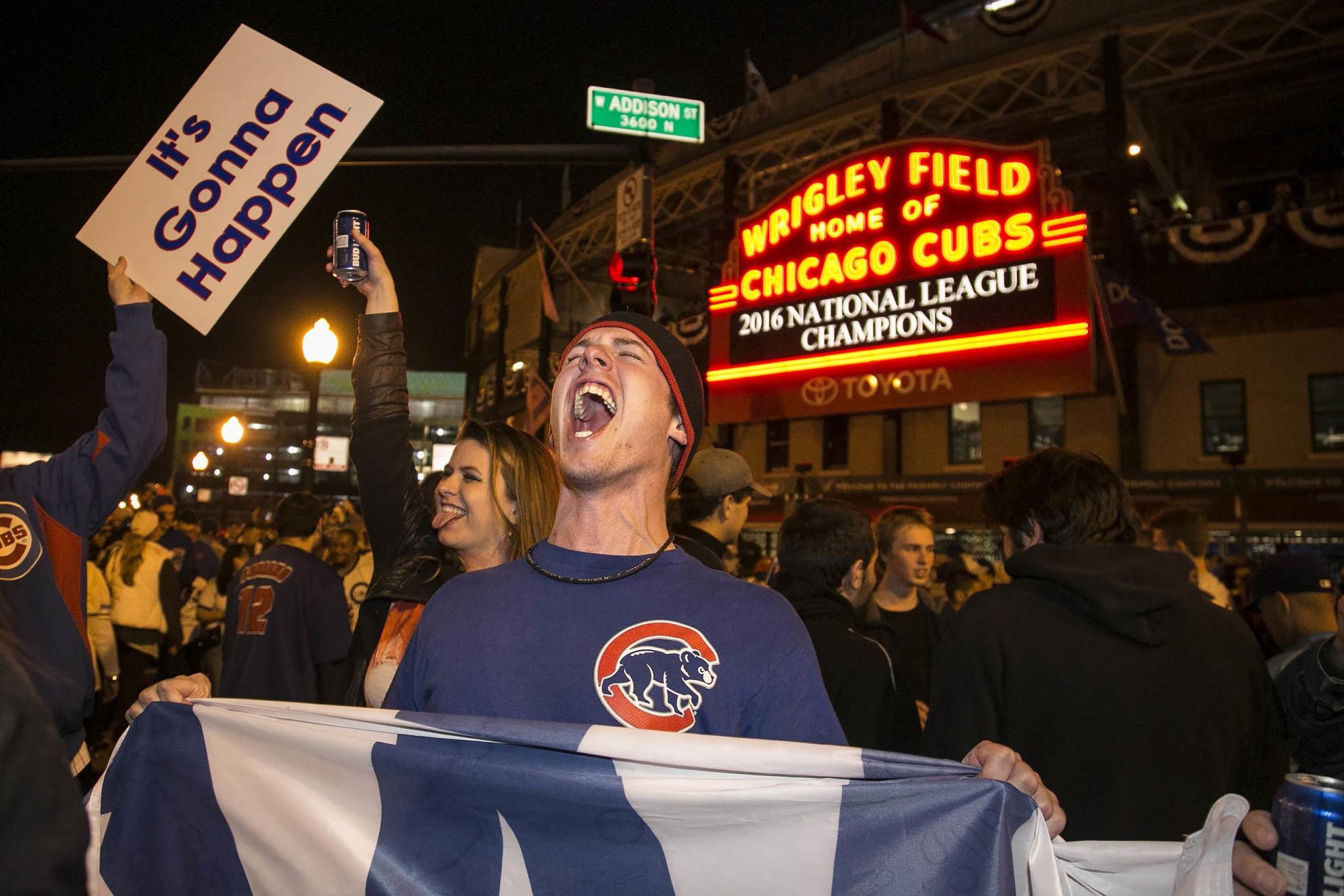 What it's like to be a White Sox fan when the Cubs are in the World Series