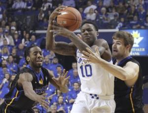 No. 8 Kentucky holds off Morehead State 81-70