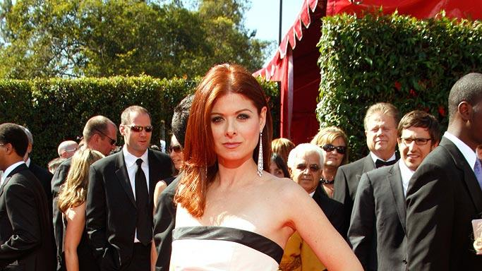 Debra Messing arrives at the 59th Annual Primetime Emmy Awards at the Shrine Auditorium on September 16, 2007 in Los Angeles, California.