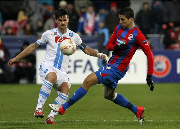 Maggio of Napoli challenges Kovarik of the Viktoria Plzen during their Europa League soccer match in Plzen