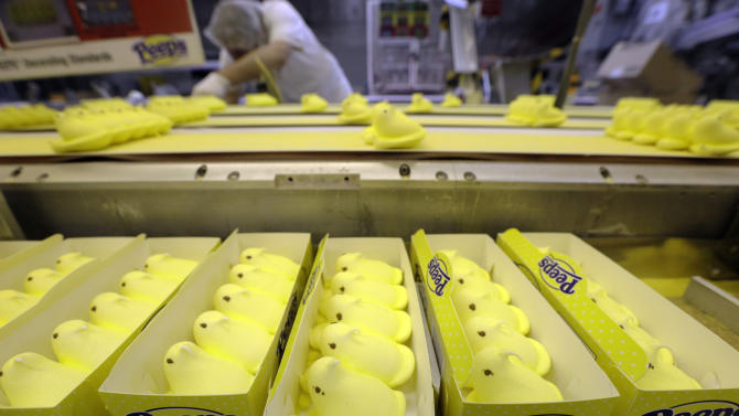 US factory orders up 3 percent in February
