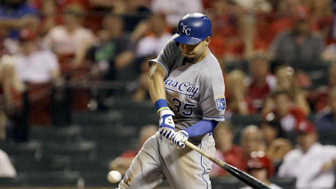 Royals outlast Cardinals 8-7