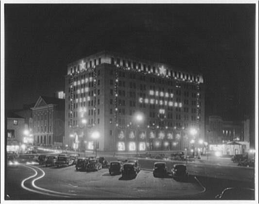 Monochromes: See an Electric Company HQ All Lit Up in 1940s Washington