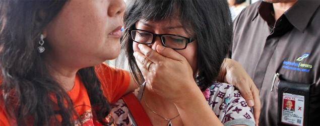 AirAsia plane carrying 162 people missing