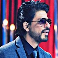 Shah Rukh Khan's 18 Hour Workday Worries Doctors