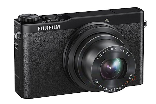 , the 'mini X20' compact camera that's gunning for Canon S120 space