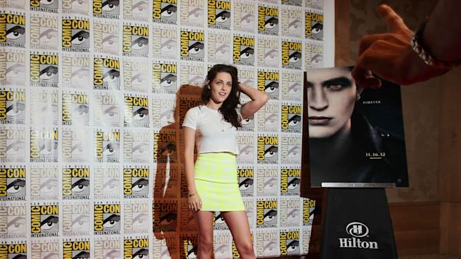 """Actress Kristen Stewart arrives at the """"The Twilight Saga: Breaking Dawn - Part 2"""" press line during Comic-Con, Thursday, July 12, 2012, in San Diego. (Photo by Matt Sayles/Invision/AP)"""