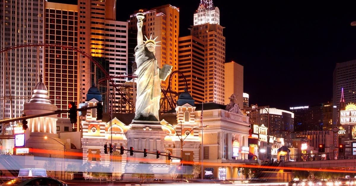 Visiting Vegas? Find the Lowest Hotel Prices!