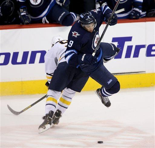 Gagnon's first goal helps Jets win 4-1
