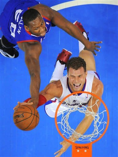 Clippers hand 76ers 14th road loss in row, 101-72