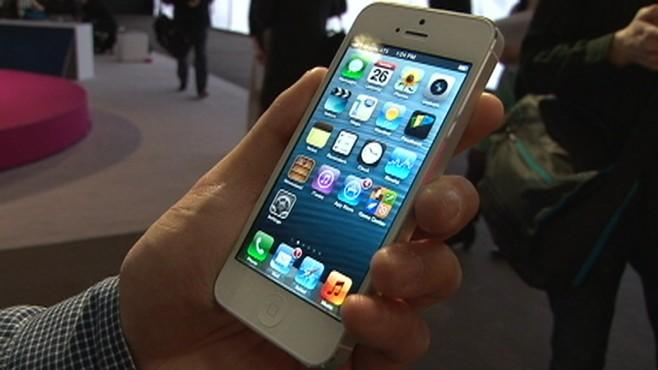 TechBytes: iPhones, Facebook App