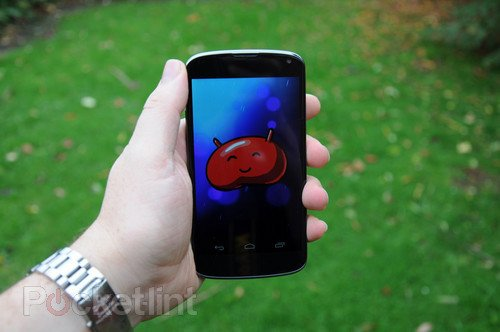 Nexus 4 pictures and hands-on. Phones, Google, Nexus 4, LG, LG-E960, Android, Jelly Bean 0
