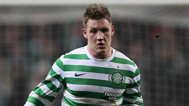 Kris Commons is eyeing a place in Celtic's XI for the cup final