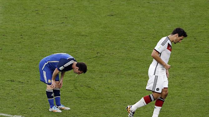 Messi vomits in World Cup final