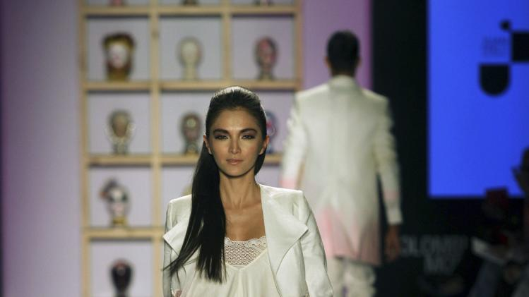 "Model presents a creation by ""Rosa Mode"" during the Colombiamoda fashion show in Medellin"