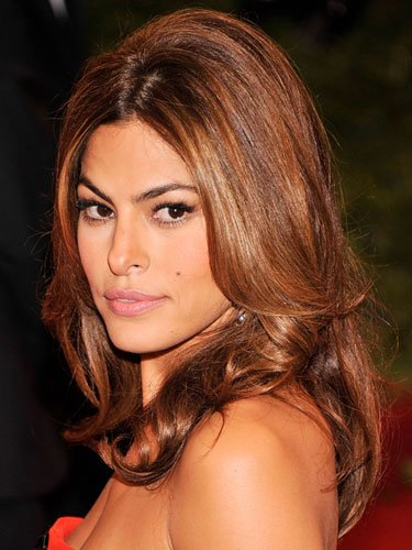 Medium-length: Eva Mendes