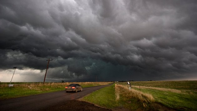 Should You Drive During a Tornado?: Misconceptions About Storm Safety (ABC News)