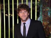 Billy Currington arrives at the 59th Annual BMI Country Awards in Nashville on Tuesday, Nov. 8, 2011. (AP Photo/Evan Agostini)