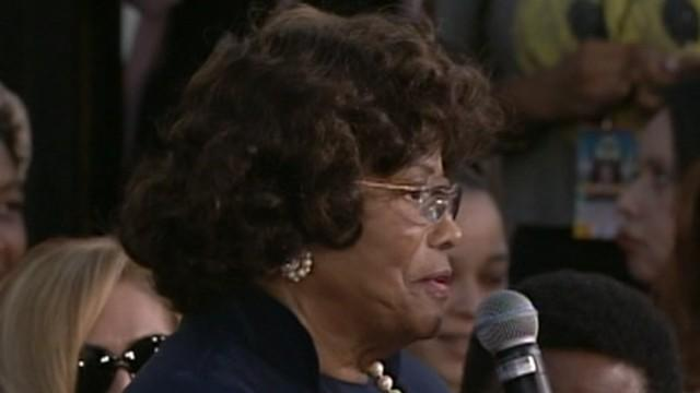 Katherine Jackson Back Home, Battling for Custody of Michael's Kids Paris, Prince Michael, Blanket