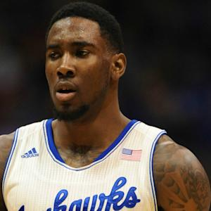 Jamari Traylor Dunks Over Two West Virginia Defenders