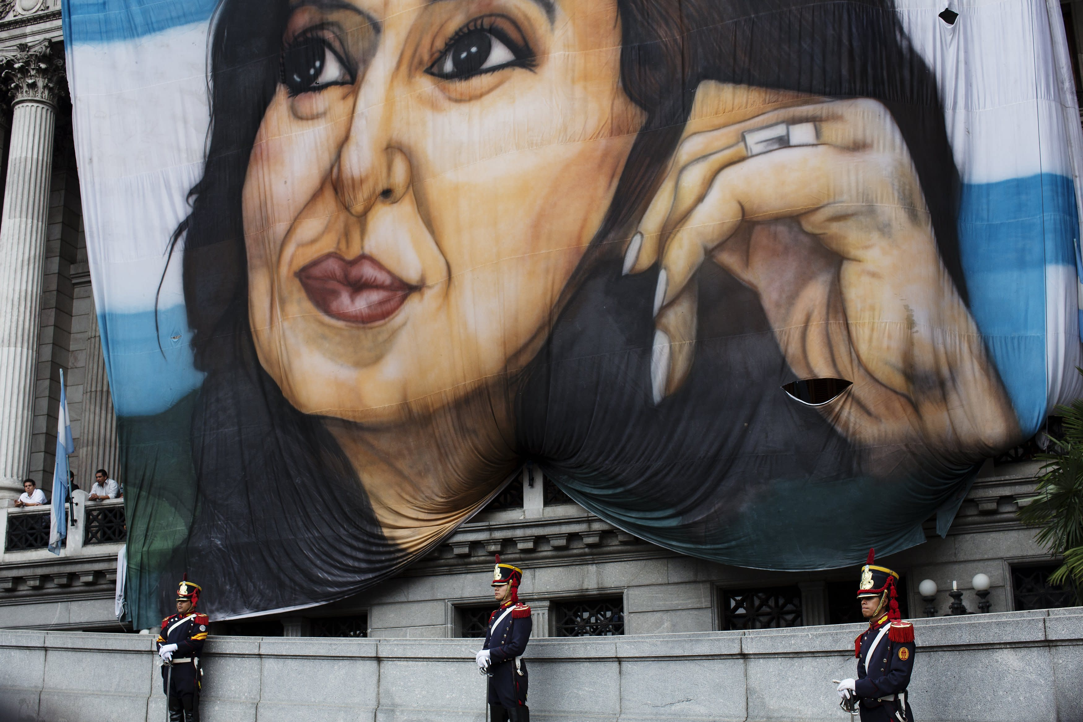 Argentine president: late prosecutor had also praised her