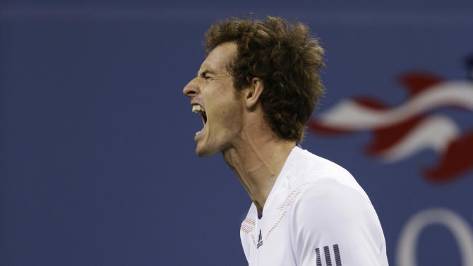 Britain's Andy Murray reacts while playing against Serbia's Novak Djokovic during the championship match at the 2012 US Open tennis tournament,  Monday, Sept. 10, 2012, in New York. (AP Photo/Darron Cummings)