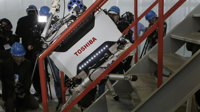 Toshiba shows off robot meant to help at nuke site