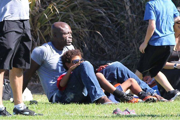 Seal  enjoys a day with his children, Leni Samuel, Henry Samuel, Johan Samuel and Lou Samuel at Children's football & American football practice session in Brentwood. California, USA 27.10.12 Mandator