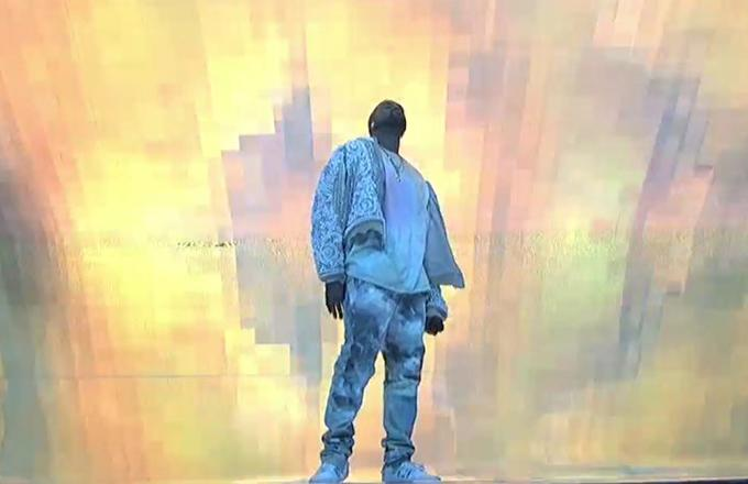 """Watch Kanye West Perform """"High Lights"""" and """"Ultra Light Beams"""" on 'SNL'"""