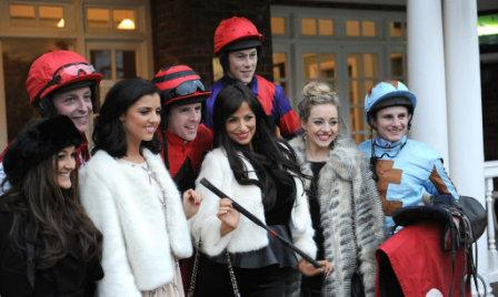 Horse Racing - Tingle Creek Christmas Festival - Day One - Sandown Park