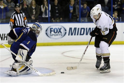 Fasth shines in SO, lifts Ducks over Blues 6-5