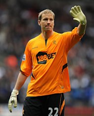 Jussi Jaaskelainen will join West Ham after 15 years at Bolton