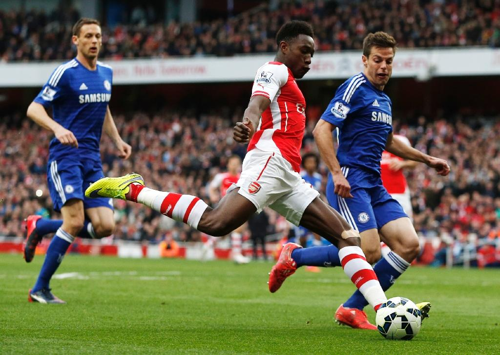 Arsenal stalemate delays Chelsea coronation